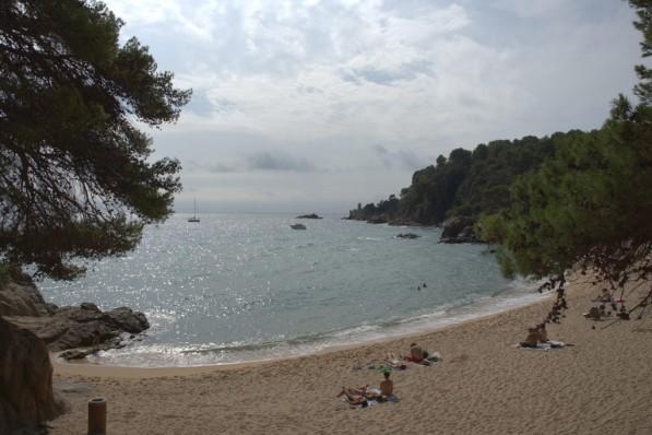El extremo sur de Santa Cristina; detrás de las últimas rocas ya está Blanes