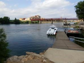 Embarcadero de Tortosa, antes de que monten el arco