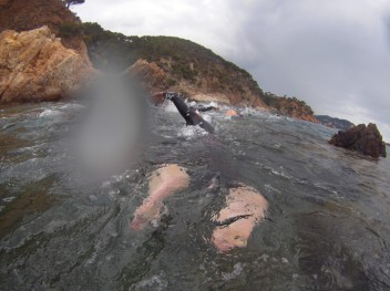 Nadando hacia Cap Roig