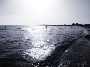 En la playa Richelieu, mirando al sur